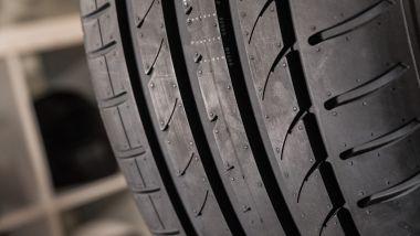 AD-R9: il battistrada della gomma by CST Tires