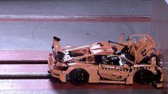 ADAC: il crash test della Porsche 911 GT3 RS di Lego. Quante stelle merita?