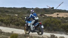 Africa Twin Adventure Sports 2020: visuale di 3/4 posteriore