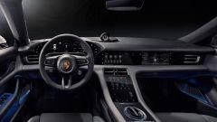 Aggiornamento software Porsche Taycan: l'abitacolo dell'auto a zero emissioni