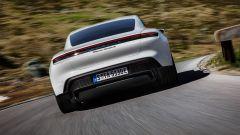 Aggiornamento software Porsche Taycan: migliora anche il sistema infotainment