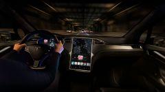 Per le feste un aggiornamento Tesla: scopri cosa contiene - Immagine: 1