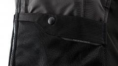 Tucano Urbano AIRSCUD: l'airbag versatile sta sopra o sotto la giacca - Immagine: 15