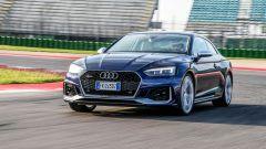 Al volante della Audi RS 5 Coupé 2017 in pista