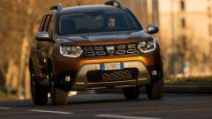 Al volante della Dacia Duster