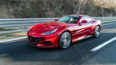 Al volante della Ferrari Portofino M