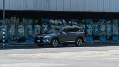 Al volante della Hyundai Santa Fe 2019