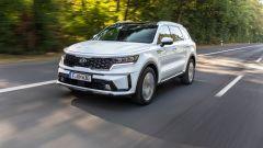 Al volante della Kia Sorento Hybrid 2021