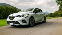 Al volante della Renault Clio E-Tech ibrida