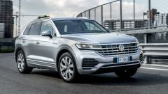 Al volante della Volkswagen Touareg Advanced 3.0 V6 TDI 286 CV