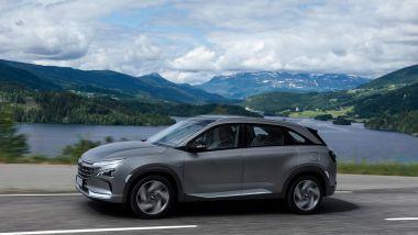 Al volante di Hyundai Nexo a idrogeno