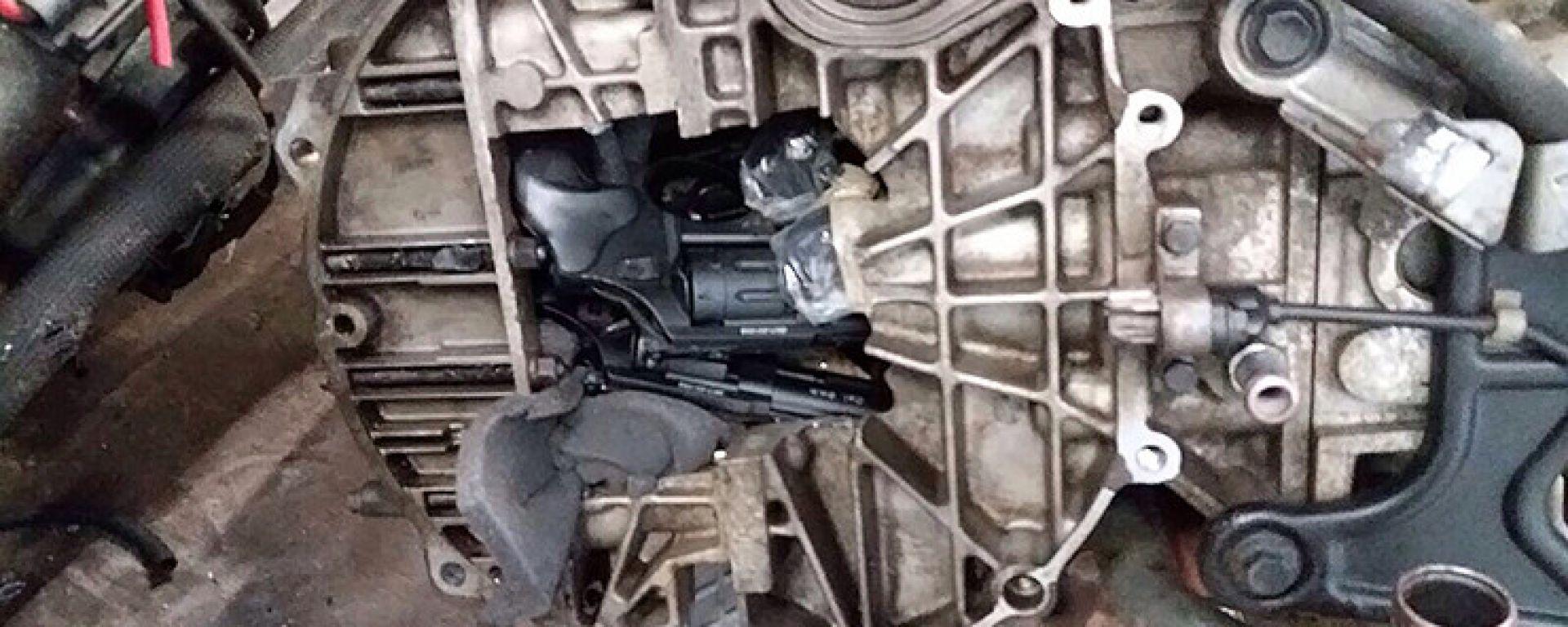 Alcune delle armi nascoste nei motori