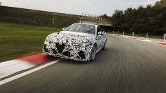 Alfa Romeo Giulia GTA 2021 video: in pista con Raikkonen e Giovinazzi