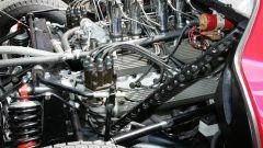 Alfa Romeo 33 Stradale, motore V8 di 2 litri