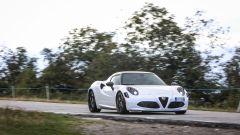 Alfa Romeo 4C Competizione: pregi e difetti della purosangue - Immagine: 11