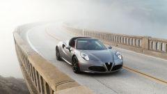 Alfa Romeo 4C e 4C Spider: novità per il mercato USA 2016 - Immagine: 2