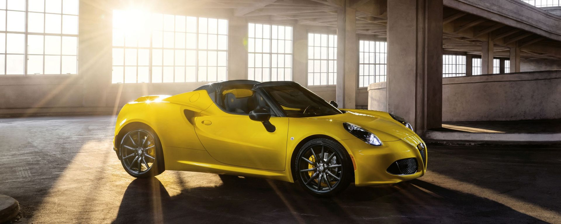Alfa Romeo 4C e 4C Spider: novità per il mercato USA 2016