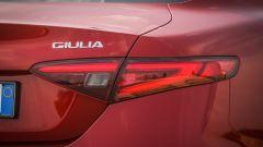 Alfa Romeo Giulia 2.2 Turbo diesel 180 CV: dettaglio del fanale posteriore