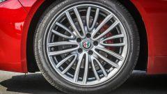 Alfa Romeo Giulia 2.2 Turbo diesel 180 CV: dettaglio della ruota