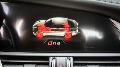 Alfa Romeo Giulia 2.2 Turbo diesel 180 CV: display infotainment