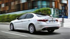Alfa Romeo Giulia AE: la versione Advanced Efficient è mossa dal 2.2 diesel da 180 cv ed emette appena 99 g/km di CO2