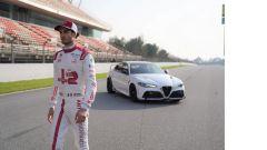 Alfa Romeo Giulia GTA: il pilota del team F1 Antonio Giovinazzi