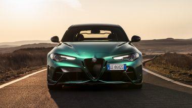 Alfa Romeo Giulia GTAm: il frontale