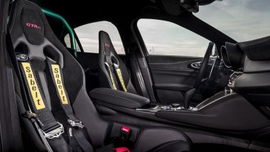 Alfa Romeo Giulia GTAm: interni