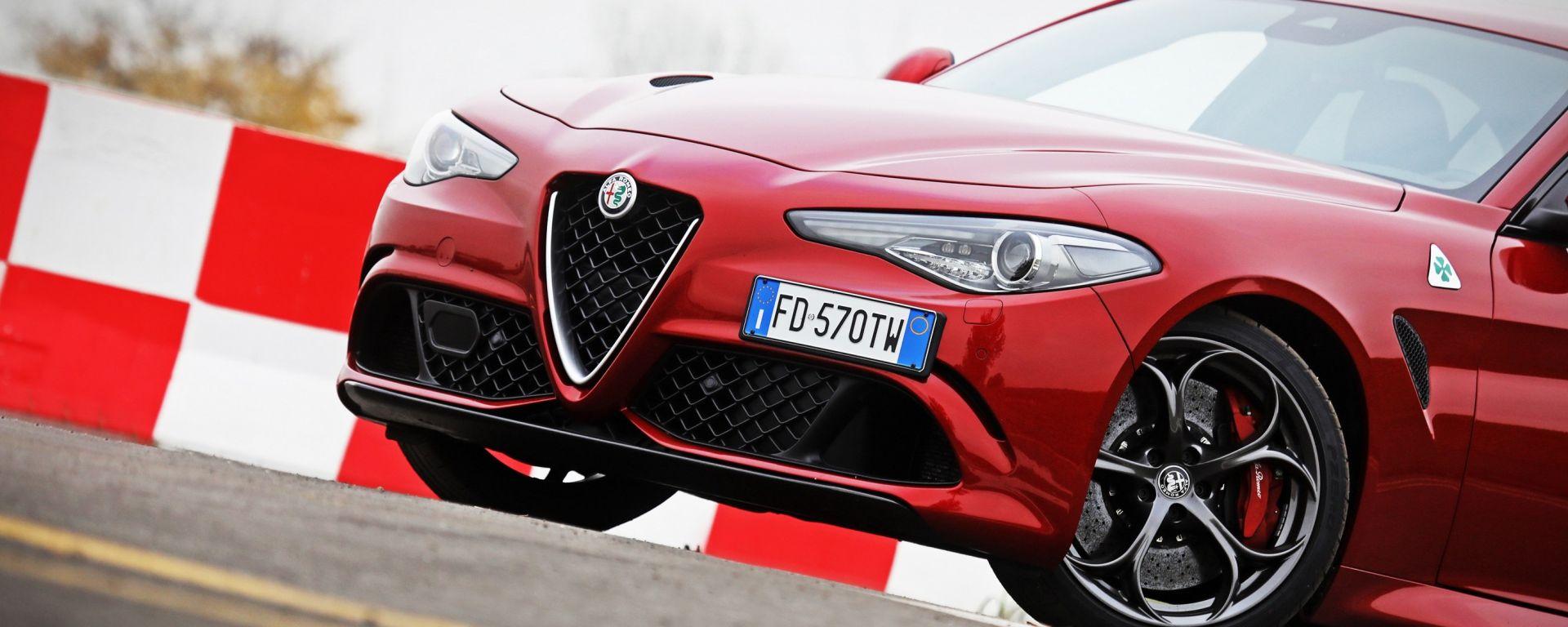 Alfa Romeo Giulia: ibrida con il restyling?