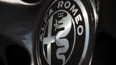 Alfa Romeo Giulia: più cattiva al salone di New York - Immagine: 5