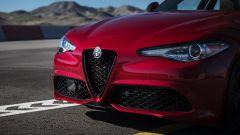 Alfa Romeo Giulia: più cattiva al salone di New York - Immagine: 8
