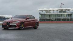 Alfa Romeo Giulia Quadrifoglio fa il record a Silverstone: alla cieca