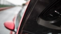 Alfa Romeo Giulia Quadrifoglio: il cofano in carbonio