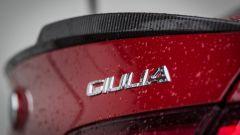 Alfa Romeo Giulia Quadrifoglio: il piccolo alettone posteriore in fibra di carbonio