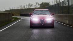 Alfa Romeo Giulia Quadrifoglio: le luci anteriori non sono led