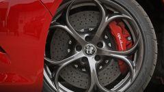 Alfa Romeo Giulia Quadrifoglio: per lei freni carboceramici (optional)