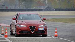 Alfa Giulia Quadrifoglio: in pista con Rachele Sangiuliano e Mara Santangelo [Video] - Immagine: 45