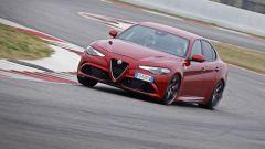 Alfa Giulia Quadrifoglio: in pista con Rachele Sangiuliano e Mara Santangelo [Video] - Immagine: 55