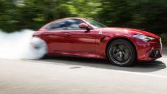 Alfa Romeo Giulia Quadrifoglio sotto le grinfie di Autocar