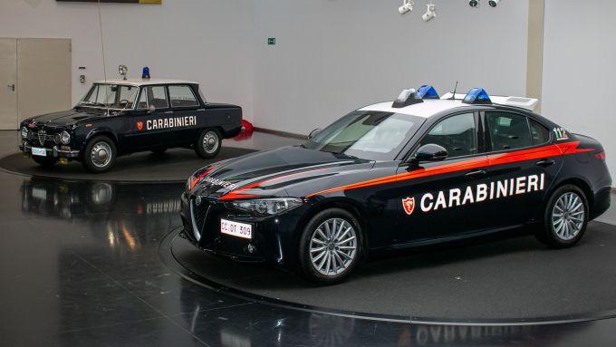 Alfa Romeo Giulia Radiomobile: la nuova Gazzella dei Carabinieri accanto alla Giulia del 1968