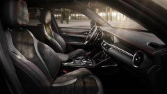 Alfa Giulia e Stelvio MY21, allestimento Rosso Edizione e altre novità - Immagine: 10