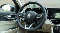 Alfa Romeo Giulia Ti 2020: il volante
