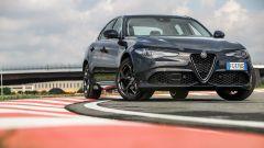 Alfa Romeo Giulia Veloce a benzina: vista 3/4 anteriore