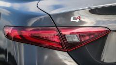 Alfa Romeo Giulia Veloce: dettaglio del marchio Q4