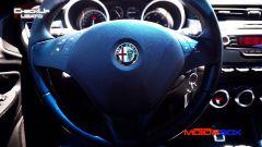 Alfa Romeo Giulietta 1.6 JTDm-2: il volante ha la pelle ancora morbida