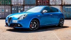 Alfa Romeo Giulietta: arrivano i pacchetti Tech e Carbon Look  - Immagine: 1
