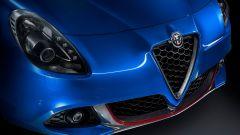 Alfa Romeo Giulietta: arrivano i pacchetti Tech e Carbon Look  - Immagine: 5