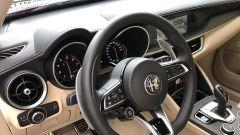 Alfa Romeo Stelvio 200 CV benzina Ti: la plancia del SUV italiano