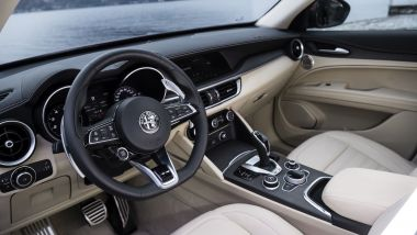 "Alfa Romeo Stelvio ""6C Villa d'Este"", gli interni"