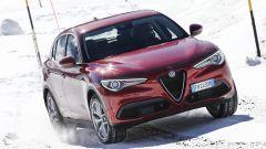 Alfa Romeo Stelvio: è lunga 4 metri e 68 cm per 2 metri di larghezza. Su strada fa scena